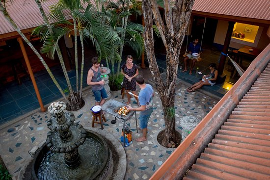 poco neuss krise bei mbelkonzern steinhoff spitzt sich zu with poco neuss ebay couch mbel poco. Black Bedroom Furniture Sets. Home Design Ideas