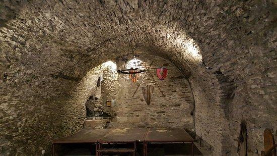 Château Féodal : 20170301_151620_large.jpg