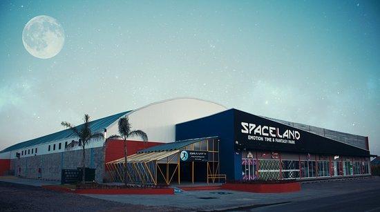Zapopan, Mexico: Spaceland el lugar en el que la diversión es de otro mundo.