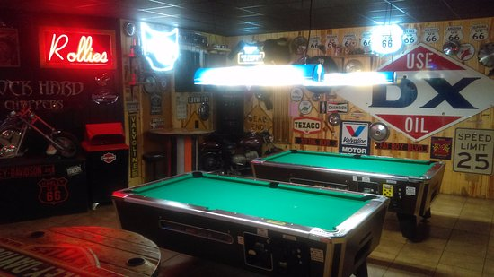 Sauk Rapids, Миннесота: Pool Tables and motorcycles.