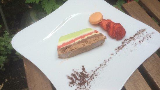 Tarare, Frankrike: Terrine glacée au cinq chocolats