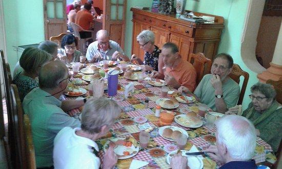The Purple House : Gran desayuno!!!!