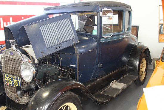 Μπλένχαϊμ, Νέα Ζηλανδία: Model A Ford - about the oldest car in this collection