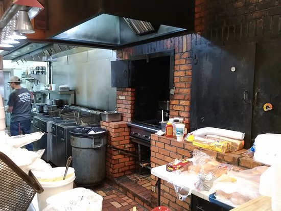 Hogansville, Τζόρτζια: Roger's Pit Cooked Bar-B-Que