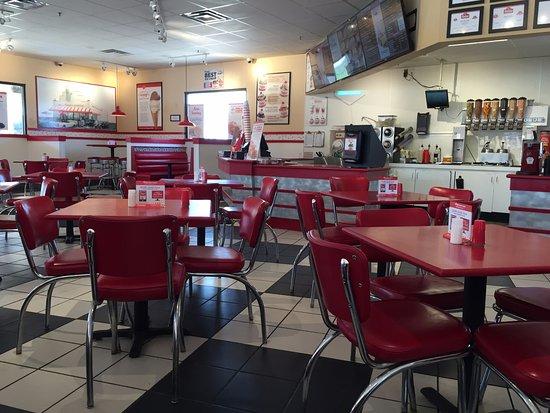 Highland Village, TX: Inside view