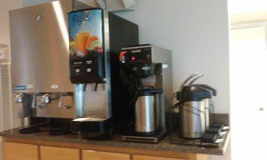 East Ellijay, Gürcistan: Milk, juice and coffee
