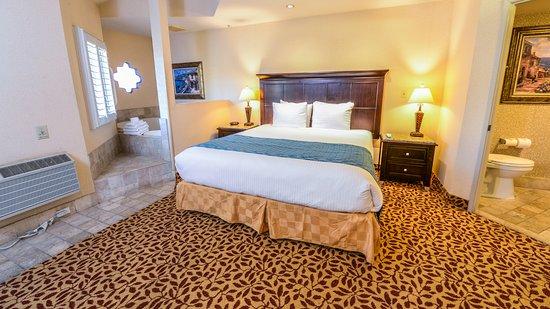 Laguna Brisas Hotel