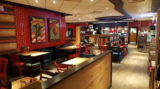 Pizza Hut Town Centre Restaurant Huddersfield Updated