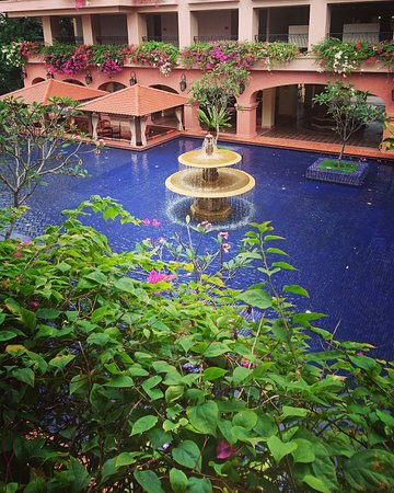Casa del Rio Melaka: Beautiful relaxing courtyard. Love the sound of the fountain