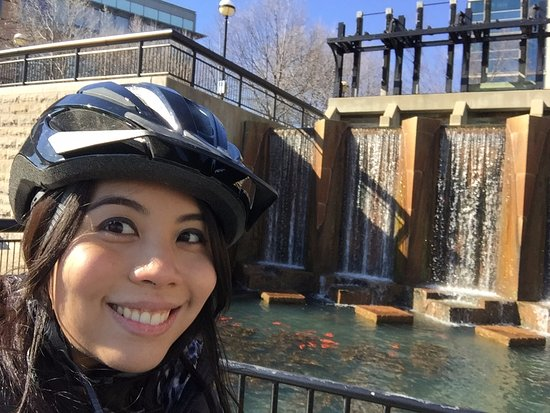 Active Indy Tours: Near the end of the canal!