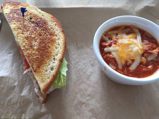 Ingram, TX: Chicken chili and half-chicken salad sandwich at Encore