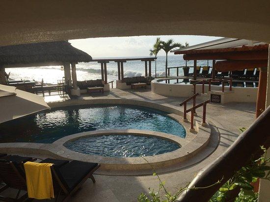 Hotel Playa Fiesta: Balcony view and pool