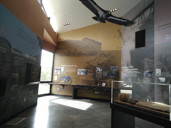 Vasquez Rocks Natural Area : inside the Interpretive Center