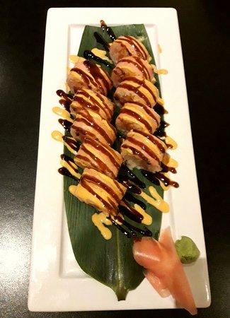 Yong Asian House: Spirit Sushi Roll