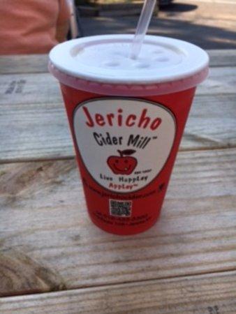 Jericho, NY: Cold Cider