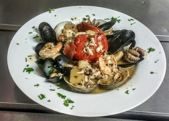 Reading, MA: Fusilli's Cucina
