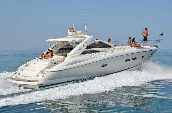 Private Yacht Hire in The Algarve...