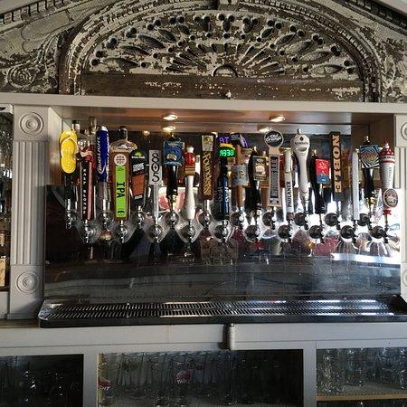 Bellflower, CA: Bar mirror
