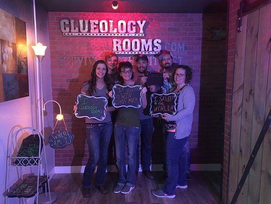 ‪Clueology Escape Rooms‬