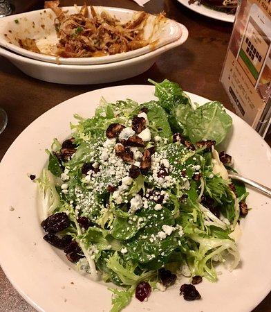 Agoura Hills, CA: New salad