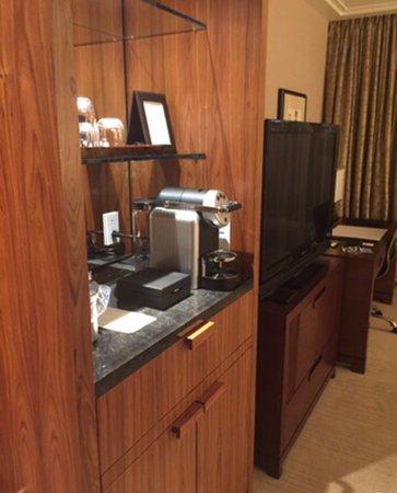 Shangri-La Hotel, Vancouver: Guest room