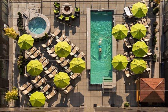 Four Seasons Hotel Seattle: Aerial of Pool