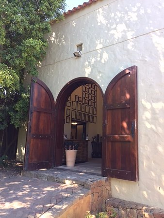 Asara Wine Estate & Hotel: Entrance to the wine tasting area
