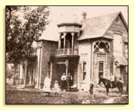 Spring City, UT: The Osborne Inn, The Osborne Family, constructed in 1894