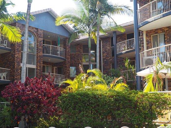 Oceanside Cove Apartments: Gardens