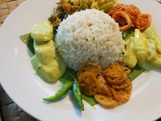 Food 4U: Sri Lankan Rice & Curry