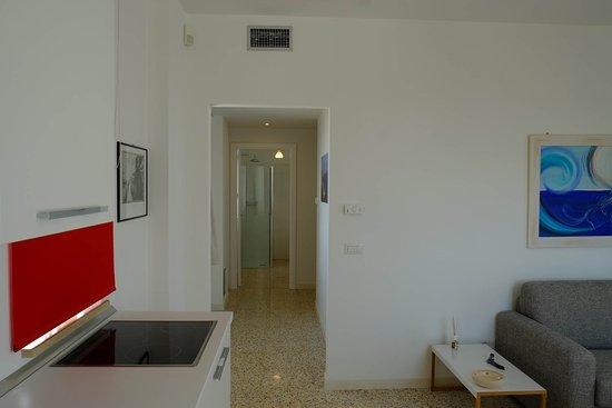 Bagni Con Doccia Alla Finestra : Appartamento tramontana bagno doccia con finestra foto di
