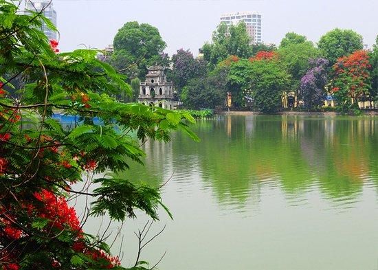 Hồ gươm mùa hè - Ảnh của Hanoitourist, Hà Nội - Tripadvisor