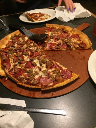 Fredericktown, MO: Still great pizza!!