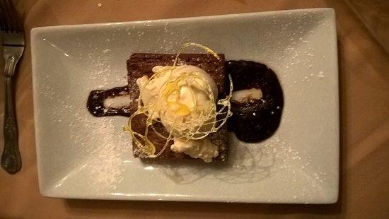 Bishops Castle, UK: Chocolate Brownie