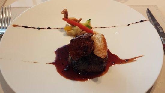 Les Rosiers Eguzkilore: Foie gras & Duck hamburg...