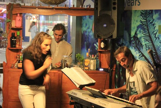 Cafe Oceano - Nazare: Live Music_friday night