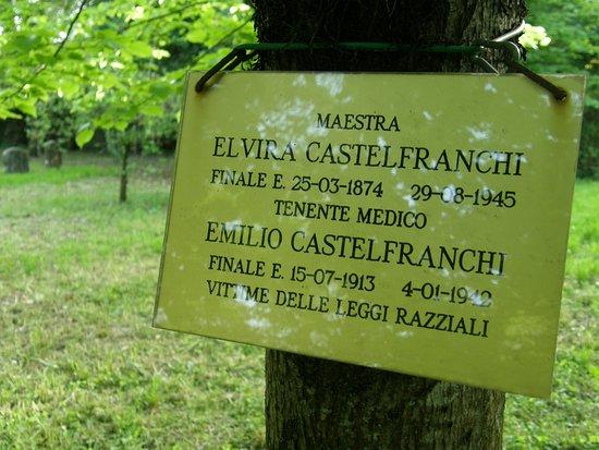 Finale Emilia, Italie : Particolari del cimitero
