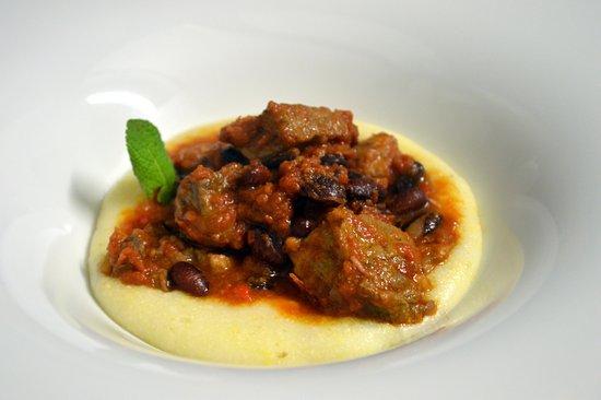 Timo e Rosmarino Alessandria: Coppa di maiale al Chili su polenta bianca morbida