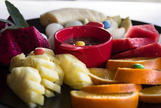Chez Mamie Bali: Nutella and fruits platter