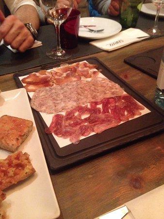 Llamber: ассорти колбасок