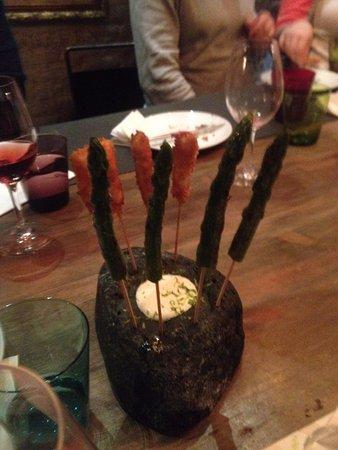 Llamber: креветки и спаржа