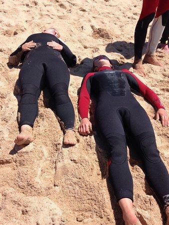 Surfschool TresOndas Ericeira: Surfen ist anstrengend!
