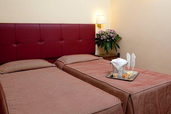 Hotel Villafranca: Twin standard