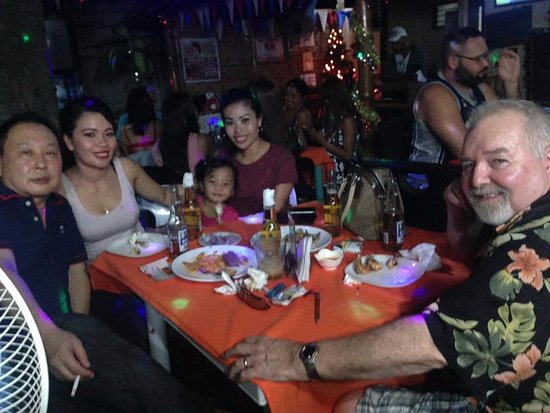 Happy Jacks Restobar: Family Fun