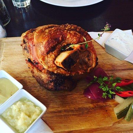 U Kroka: Pork knee
