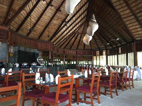 Kuredu Island Resort & Spa: Sangu resort