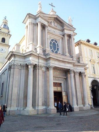 Chiese di San Carlo e Santa Cristina: Chiesa di San Carlo