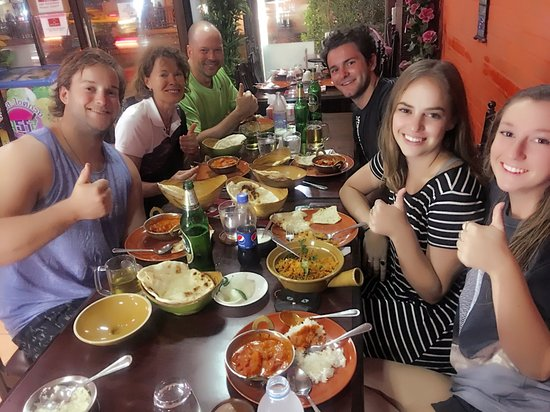 "Everest Kitchen Bangkok: Butter chicken lover"""