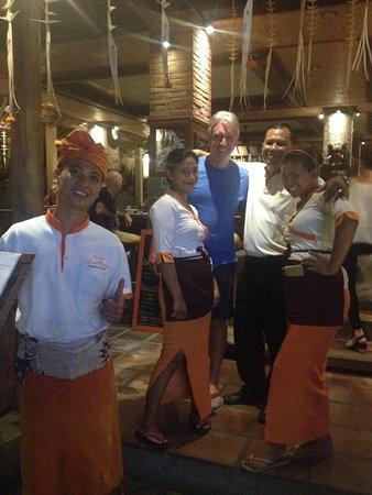 De'warung: Manager Jaya and friendly staff