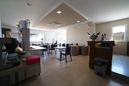 Hotel les Pielettes: bar